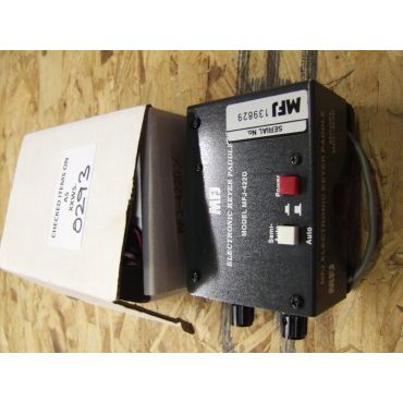 MFJ-422DX  Compact ELectronic Keyer (fit your own paddle)  B GRADE